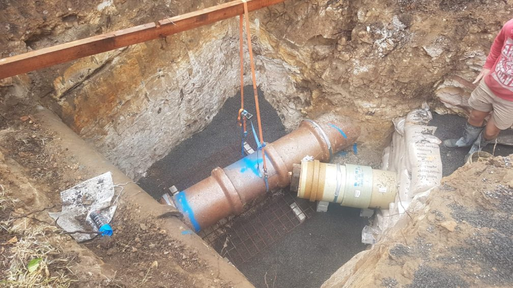 Pipes exposed prior to large Sydney Water manhole pouring